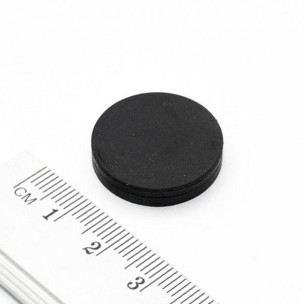 Magnet v pouzdře s vnitřním závitem 22x6 mm pogumovaný