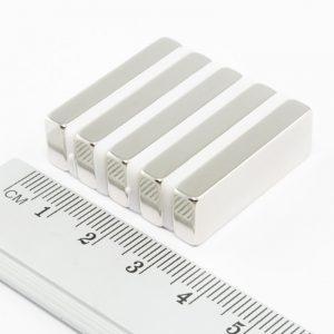 Neodymový magnet kvádr 30x10x5 mm - N38