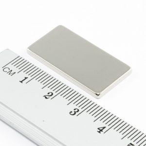 Neodymový magnet kvádr 30x15x2 mm - N38