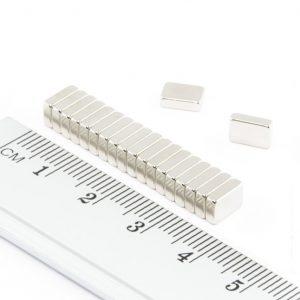 Neodymový magnet kvádr 6x4x2 mm - N52
