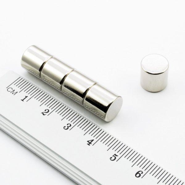 Neodymový magnet válec 10x10 mm - N38