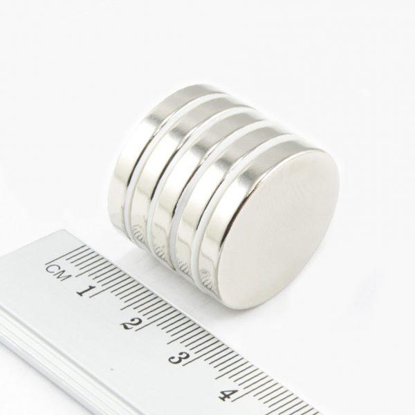 Neodymový magnet válec 25x4 mm - N38